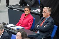 21 MAR 2019, BERLIN/GERMANY:<br /> Sahra Wagenknecht (L), Die Linke Fraktionsvorsitzende, und Dietmar Bartsch (R), Die Linke Fraktionsvorsitzender, BUndestagsdebatte zur Regierungserklaerung der Bundeskanzlerin zum Europaeischen Rat, Plenum, Deutscher Bundestag<br /> IMAGE: 20190321-01-068