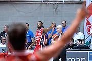 DESCRIZIONE : Desio Lega A 2015-16 Semifinale Play Off Gara 2 Olimpia EA7 Emporio Armani Milano Umana Reyer Venezia<br /> GIOCATORE : Oliver Lafayette<br /> CATEGORIA : Composizione curiosita<br /> SQUADRA : Olimpia EA7 Emporio Armani Milano<br /> EVENTO : Campionato Lega A 2015-2016 Semifinale play off Gara 2<br /> GARA : Olimpia EA7 Emporio Armani Milano Umana Reyer Venezia <br /> DATA : 21/05/2016 SPORT : Pallacanestro AUTORE : Agenzia Ciamillo-Castoria/I.Mancini Galleria : Lega Basket A 2015-2016 Fotonotizia : Desio Lega A 2015-16 Semifinale Play Off Gara 2 Olimpia EA7 Emporio Armani Milano Umana Reyer Venezia