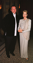 MAITRE PHILIPPE LIZOP and the BEGUM SALIMA AGA KHAN at a ball in London on 25th May 1999.MSM 31