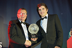 CARDIFF, WALES - Tuesday, November 8, 2016: Chas Rowlands, Chairman of the FAW Disciplinary Panel presents the FAW Fair Play Award to Coedpoeth United (Welsh National League Premier Division) during the FAW Awards Dinner at the Vale Resort. (Pic by David Rawcliffe/Propaganda)