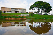 Belo Horizonte_MG, Brasil...Museu de Arte da Pampulha projetado por Oscar Niemeyer, faz parte do conjunto arquitetonico da Pampulha em Belo Horizonte, Minas Gerais...Pampulha Art Museum designed by Oscar Niemeyer, is part of the architectonic complex of Pampulha in Belo Horizonte, Minas Gerais...Foto: JOAO MARCOS ROSA / NITRO