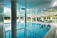 BEETSTERZWAAG -  Zwembad . Het Bilderberg hotel op het landgoed Lauswolt.  Copyright Koen Suyk