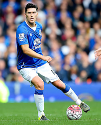 Everton's Gareth Barry   - Mandatory byline: Matt McNulty/JMP - 07966386802 - 12/09/2015 - FOOTBALL - Goodison Park -Everton,England - Everton v Chelsea - Barclays Premier League