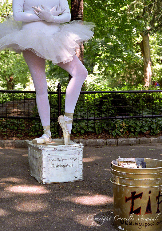 Therisa Barber, Ballerina/Mime, Central Park.