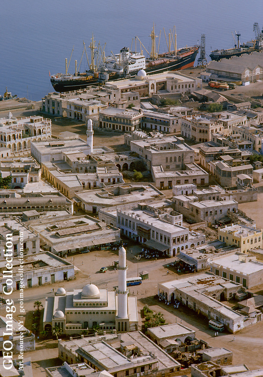 A stronghold of Islam, Massawa contains many mosques.