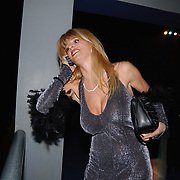 Playboyfeest 2003, Kim Holland bellend
