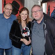 NLD/Amsterdam/20190509 - Audiodrama De Kriminalist aan Anniko van Santen, Simon de Waal, Aniko van Santen en scriptschrijver Dick van den Heuvel