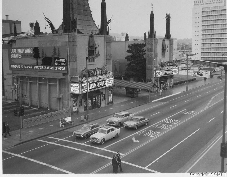 1964 Grauman's Chinese Theater