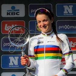 27-02-2016: Wielrennen: Omloop Nieuwsblad vrouwen: Gent<br />GENT (BEL) wielrennen<br />De opening van het Noord Europese wielerseizoen is traditioneel de opening van het wielerseizoen bij de mannen en vrouwen. Lizzy Armitstead