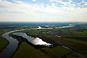 Nederland, Gelderland, Gemeente Voorst, 03-10-2010; Waterplas in de Rammelwaard, rechts de Voorster Klei, gezien naar het zuiden, Zutphen aan de verre horizon. In het kader van het programma Ruimte voor de Rivier zal in het gebied een dijkverlegging plaats vinden. .Voorster 'clay' seen to the south, Zutphen on the distant horizon. A new dike will be built, more inland..luchtfoto (toeslag), aerial photo (additional fee required).foto/photo Siebe Swart
