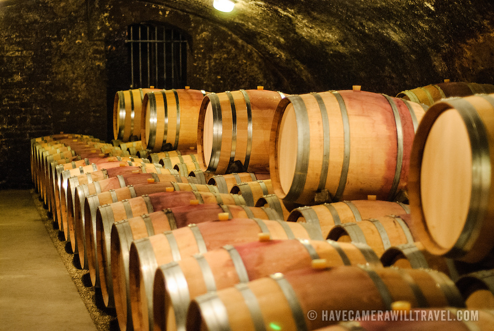 Barrels of wine in the cave at Dufouleur Pere et Fils<br /> Nuits-St-Georges, Bourgogne (Burgundy)