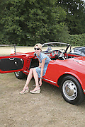 Becca Steels in alfa Spyder. Veuve Clicquot Gold Cup 2006. Final day. 23 July 2006. ONE TIME USE ONLY - DO NOT ARCHIVE  © Copyright Photograph by Dafydd Jones 66 Stockwell Park Rd. London SW9 0DA Tel 020 7733 0108 www.dafjones.com