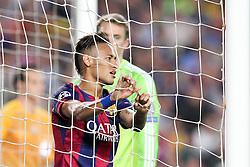 06.05.2015, Camp Nou, Barcelona, ESP, UEFA CL, FC Barcelona vs FC Bayern Muenchen, Halbfinale, Hinspiel, im Bild Neymar #11 (FC Barcelona) haengt er im Tornetz // during the UEFA Champions League semi finals 1st Leg match between FC Barcelona and FC Bayern Munich at the Camp Nou in Barcelona, Spain on 2015/05/06. EXPA Pictures © 2015, PhotoCredit: EXPA/ Eibner-Pressefoto/ Kolbert<br /> <br /> *****ATTENTION - OUT of GER*****