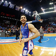 Anadolu Efes's Dogus Balbay celebrate victory during their Turkish Airlines Euroleague Basketball Top 16 Round 5 match Anadolu Efes between Olympiacos Piraeus at Abdi ipekci arena in Istanbul, Turkey, Thursday January 29, 2015. Photo by Aykut AKICI/TURKPIX