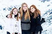 Fotosessie met de koninklijke familie in Lech /// Photoshoot with the Dutch royal family in Lech .<br /> <br /> Prinses Amalia, Prinses Alexia en Prinses Ariane  ///// Princess Amalia, Princess Alexia and Princess Ariane