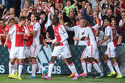 04-08-2015 NED: UEFA CL qualifying AFC Ajax - Rapid Wien, Amsterdam<br /> Ajax is al in de derde voorronde van de Champions League uitgeschakeld. Rapid Wien bleek een niet te nemen horde. Na de 2-2 in Wenen waren de Oostenrijkers in de Arena met 3-2 te sterk / Nemanja Gudelj #27 scoort de 2-2