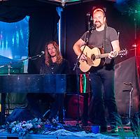 Wilson & Wakeman  live at the Picnic at the Palace at  Blenheim Palace ,woodstock oxfordshire 15 aug 2020 Photo by Brian Jordan