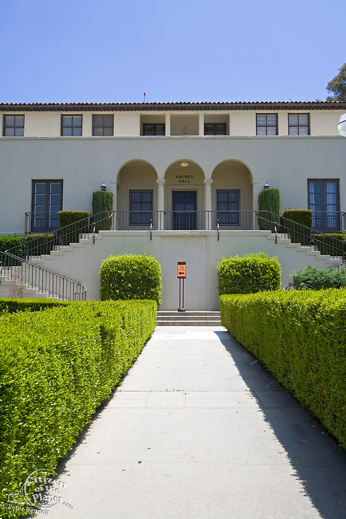 Haines Hall, Barack Obama's old Dormitory. Occidental College is where Barack Obama attended from fall 1979 through spring 1981 before  transferring to Columbia University. Highland Park, Los Angeles, California, USA