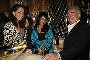 Miss D, Martine McCutcheon and Terry Venables, The launch of Gilt, a new champagne lounge in the Jumeira Carlton Tower Hotel. Sloane st. London. 17 October 2006. -DO NOT ARCHIVE-© Copyright Photograph by Dafydd Jones 66 Stockwell Park Rd. London SW9 0DA Tel 020 7733 0108 www.dafjones.com