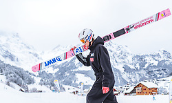 17.12.2017, Gross Titlis Schanze, Engelberg, SUI, FIS Weltcup Ski Sprung, Engelberg, im Bild Daniel Andre Tande (NOR) // Daniel Andre Tande of Norway during Mens FIS Skijumping World Cup at the Gross Titlis Schanze in Engelberg, Switzerland on 2017/12/17. EXPA Pictures © 2017, PhotoCredit: EXPA/JFK
