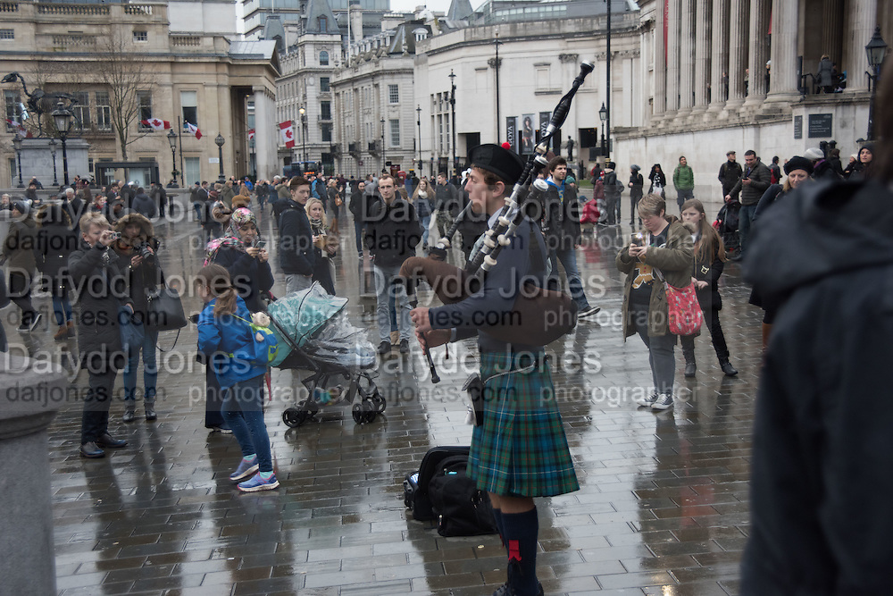 Trafalgar Sq. Entertainers, London,  2 January 2016