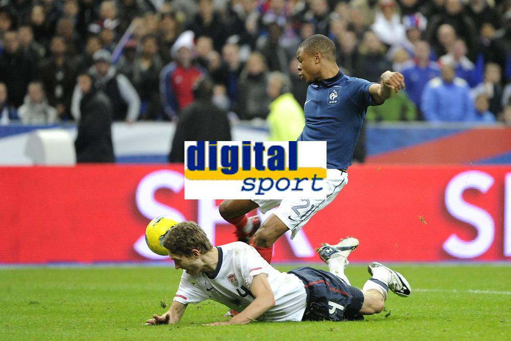 FOOTBALL - INTERNATIONAL FRIENDLY GAMES 2011/2012 - FRANCE v USA - 11/11/2011 - PHOTO JEAN MARIE HERVIO / DPPI - GOAL LOIC REMY (FRA)