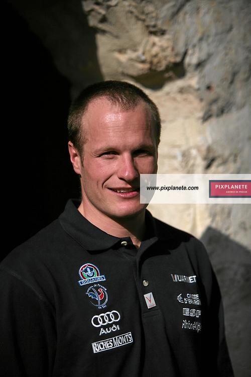 Julien Lizeroux - présentation de l'équipe de France de ski 2007-2008 - Photos exclusives - 9/10/2007 - JSB / PixPlanete