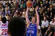 DESCRIZIONE : Campionato 2015/16 Giorgio Tesi Group Pistoia - Acqua Vitasnella Cantù<br /> GIOCATORE : Heslip Brad  <br /> CATEGORIA : Tiro Tre Punti<br /> SQUADRA : Acqua Vitasnella Cantù<br /> EVENTO : LegaBasket Serie A Beko 2015/2016<br /> GARA : Giorgio Tesi Group Pistoia - Acqua Vitasnella Cantù<br /> DATA : 08/11/2015<br /> SPORT : Pallacanestro <br /> AUTORE : Agenzia Ciamillo-Castoria/S.D'Errico<br /> Galleria : LegaBasket Serie A Beko 2015/2016<br /> Fotonotizia : Campionato 2015/16 Giorgio Tesi Group Pistoia - Sidigas Avellino<br /> Predefinita :