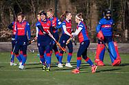 BILTHOVEN -  Hoofdklasse competitiewedstrijd dames, SCHC v hdm, seizoen 2020-2021.<br /> Foto: Team SDHC klaar voor de wedstrijd