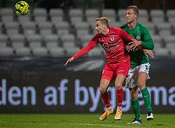 Lucas Haren (FC Helsingør) og Mads Lauritsen (Viborg FF) under kampen i 1. Division mellem Viborg FF og FC Helsingør den 30. oktober 2020 på Energi Viborg Arena (Foto: Claus Birch).