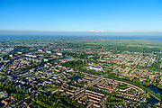 Nederland, Noord-Holland, Gemeente Purmerend, 13-06-2017; nieuwbouwwijken De Gors en Purmer-Zuid, gezien naar Polder De Purmer. IJsselmeer in het verschiet.<br /> Purmerend, small city north of Amsterdam w new residential quarters<br /> <br /> luchtfoto (toeslag op standard tarieven);<br /> aerial photo (additional fee required);<br /> copyright foto/photo Siebe Swart