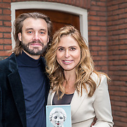 NL/Hilversum/20201116 - Boekpresentatie Heleen van Royen - Moeder,dochter,minnares,Heleen van Royen en partner Bart Meeldijk