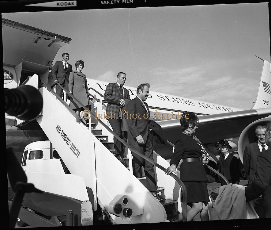 American Astronauts visit Dublin.<br /> 1970.<br /> 13.10.1970.<br /> 10.13.1970.<br /> 13th October 1970.<br /> The Astronauts of the Apollo 13 moon mission visited Ireland as part of a European tour. James Lovell, John Swigert and Fred Haise were on a planned landing on the lunar surface ,when two day after blast off on 11 April 1970 an explosion aboard the craft resulted in one of the most amazing missions in the Apollo series. The explosion placed the crew in severe danger and it was only through much skill and courage that the astronauts managed to make emergency repairs to enable them to return home. Up until they returned on 17th April the world held its breath as the astronauts fought their way back to Earth.<br /> <br /> Image shows the astronauts descending from an American air force plane at Dublin Airport.