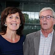 NLD/Hilversum/20121003- Boekpresentatie De Iconen van het NOS Achtuurjournaal, Suzanne Bosman en Herman Siezen