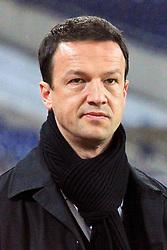 10.12.2010, AWD Arena, Hannover, GER, 1.FBL, Hannover 96 vs VfB Stuttgart im Bild  Fredi Bobic Manager vom VfB Stuttgart EXPA Pictures © 2010, PhotoCredit: EXPA/ nph/  Rust       ****** out ouf GER ******