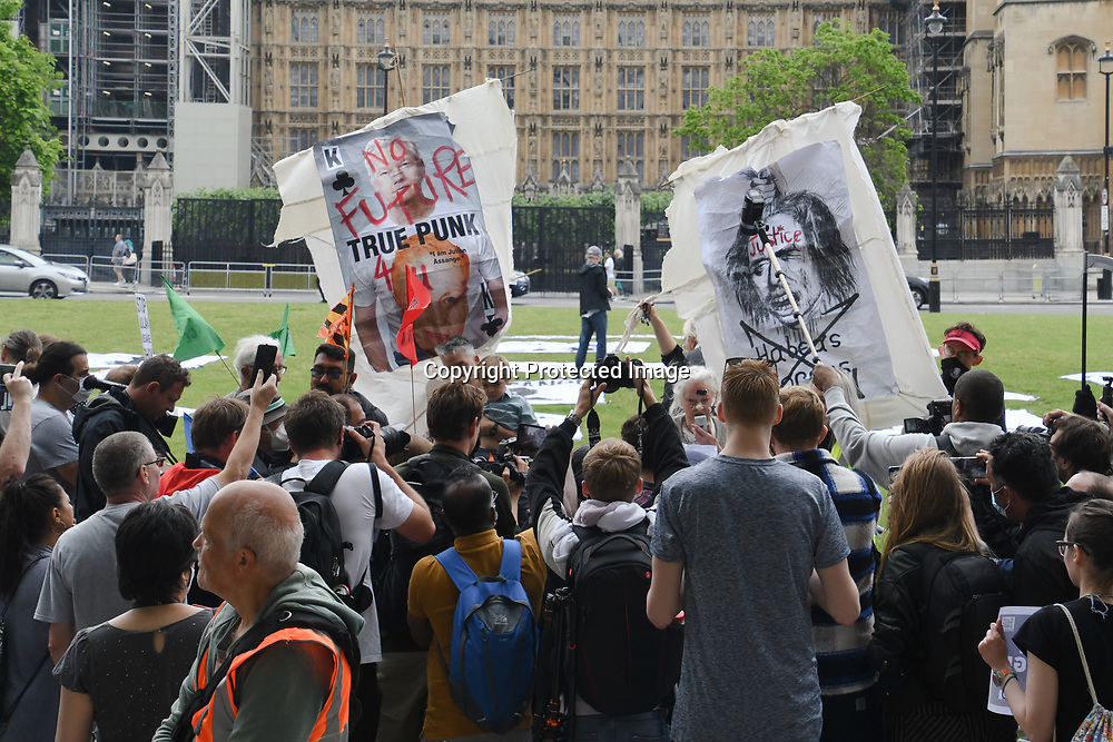 Assange wife and two son, with Vivienne Westwood,John Pilger join to Stop extradition Julian Assange - Free Assange of the 50th Birthday of Julian #Assange at Parliament Square, on 3rd July 2021, London, UK