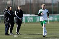 Erik Birkelund (norvegien) devant Dominique Rocheteau - Mathieu Rachet (kine) et  Thierry Cotte (preparateur physique)