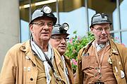 Streekbezoek Koning en Koningin in de voormalige Mijnstreek Limburg /// Region Visit King and Queen in the former mining region of Limburg<br /> <br /> op de foto / on the photo: <br /> <br />  kompel / mijnwerker