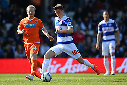 QPR's midfielder Tommy Carroll  - Photo mandatory by-line: Mitchell Gunn/JMP - Tel: Mobile: 07966 386802 29/03/2014 - SPORT - FOOTBALL - Loftus Road - London - Queens Park Rangers v Blackpool - Championship