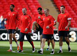 27.05.2011, Wembley Stadium, London, ENG, UEFA Champions League Final, FC Barcelona vs Manchester United, Training Manchester United, im Bild .Rio Ferdinand of Manchester Utd and Wayne Rooney of Manchester Utd lead  of Manchester Utd  at the training at The Wembley  Stadium for the Champions League Final between Barcelona and Manchester United at the Wembley Stadium  in London    on 27/05/2011. EXPA Pictures © 2011, PhotoCredit: EXPA/ IPS/ Marcello Pozzetti +++++ ATTENTION - OUT OF ENGLAND/UK and FRANCE/FR +++++