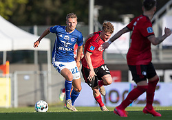 Magnus Westergaard (Lyngby Boldklub) følges af Pep Biel (FC København) under kampen i 3F Superligaen mellem Lyngby Boldklub og FC København den 1. juni 2020 på Lyngby Stadion (Foto: Claus Birch).