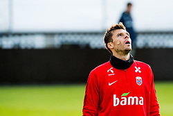 October 9, 2018 - LillestrØM, NORWAY - 181009 Goalkeeper Rune Almenning Jarstein of Norway during a training session on October 9, 2018 in Lillestrøm..Photo: Jon Olav Nesvold / BILDBYRÃ…N / kod JE / 160321 (Credit Image: © Jon Olav Nesvold/Bildbyran via ZUMA Press)