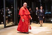 De Japanse keizer Naruhito heeft officieel de troon aanvaard en de belofte afgelegd dat hij zijn plicht als symbool van de staat zal vervullen. De 59-jarige Naruhito deed dat in een eeuwenoude ceremonie in de belangrijkste zaal van het keizerlijke paleis in Tokio in aanwezigheid van staatshoofden en gasten uit meer dan 180 landen.<br /> <br /> The Japanese emperor Naruhito has officially accepted the throne and made the promise that he will fulfill his duty as a symbol of the state. The 59-year-old Naruhito did that in an ancient ceremony in the main hall of the Imperial Palace in Tokyo in the presence of heads of state and guests from more than 180 countries.<br /> <br /> Op de foto / On the photo:    Vatican's Cardinal Francesco Monterisi