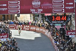 March 9, 2019 - Siena, Italia - Foto LaPresse - Gian Mattia D'Alberto.09 Marzo 2019 Siena (Italia).Sport Ciclismo.Strade Bianche 2019 - Gara donne - da Siena a Siena.- 184 km (114,3 miglia).Nella foto: la vincitrice Annemiek van Vleuten..Photo LaPresse - Gian Mattia D'Alberto.March, 09 2019 Siena (Italy) .Sport Cycling.Strade Bianche 2018 - women's race - from Siena to.Siena - 184 km (114,3 miles)in the pic: the winner Annemiek van Vleuten (Credit Image: © Gian Mattia D'Alberto/Lapresse via ZUMA Press)