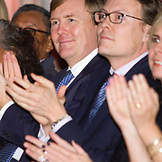 Uitreiking van de Prins Claus Prijs 2014 n het Koninklijk Paleis in Amsterdam.<br /> <br /> Presentation of the Prince Claus Award in 2014 n the Royal Palace in Amsterdam.<br /> <br /> op de foto / On the photo: <br />  Prins Constantijn en Koning Willem-Alexander / Prince Constantijn and King Willem Alexander