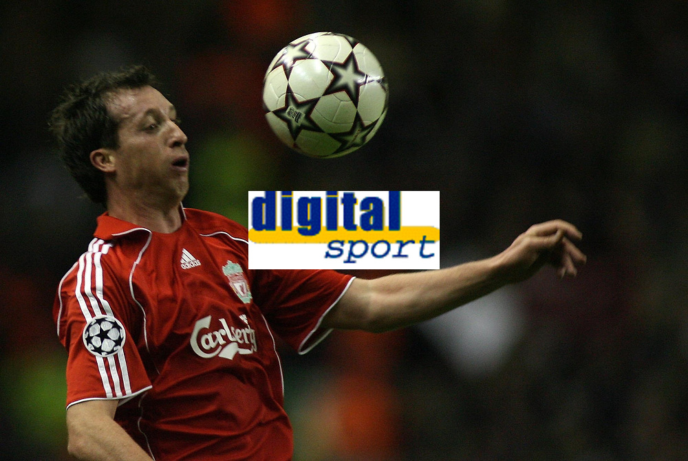 Photo: Paul Thomas.<br /> Liverpool v Bordeaux. UEFA Champions League, Group C. 31/10/2006.<br /> <br /> Robbie Fowler of Lioverpool.