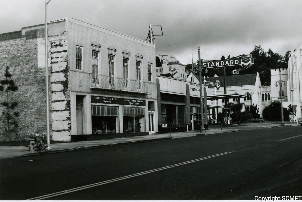 1970 George Georges Antique Store on Highland Ave.
