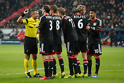 27.11.2013, BayArena, Leverkusen, GER, UEFA CL, Bayer Leverkusen vs Manchester United, Gruppe A, im Bild Stefan Reinartz #3 (Bayer 04 Leverkusen), Lars Bender #8 (Bayer 04 Leverkusen), Stefan Kiessling #11 (Bayer 04 Leverkusen), Simon Rolfes #6 (Bayer 04 Leverkusen), 10 lev bilden eine Mauer // during UEFA Champions League group A match between Bayer Leverkusen vs Manchester United at the BayArena in Leverkusen, Germany on 2013/11/28. EXPA Pictures © 2013, PhotoCredit: EXPA/ Eibner-Pressefoto/ Grimme<br /> <br /> *****ATTENTION - OUT of GER*****