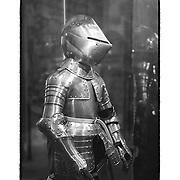Tower Of London Armour Suit - London, UK - Black & White - Custom Sloppy Border