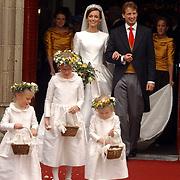 NLD/Naarden/20051022 - Huwelijk prins Floris en Aimee Söhngen, met bruidsmeisje Julie Hoppenbrouwers, Anne en Isabelle